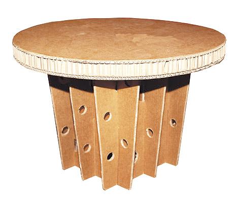 Nido-ape-tavolino-cartone